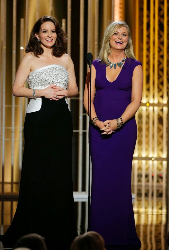 tina-fey-amy-poehler-Daily-News-693x1024