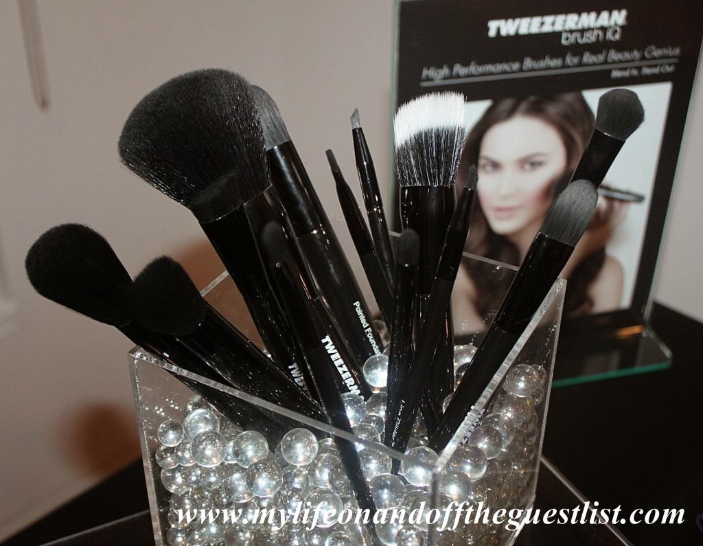 Tweezerman_Brush_iQ_High_Performance_Brush_Collection_www.mylifeonandofftheguestlist.com