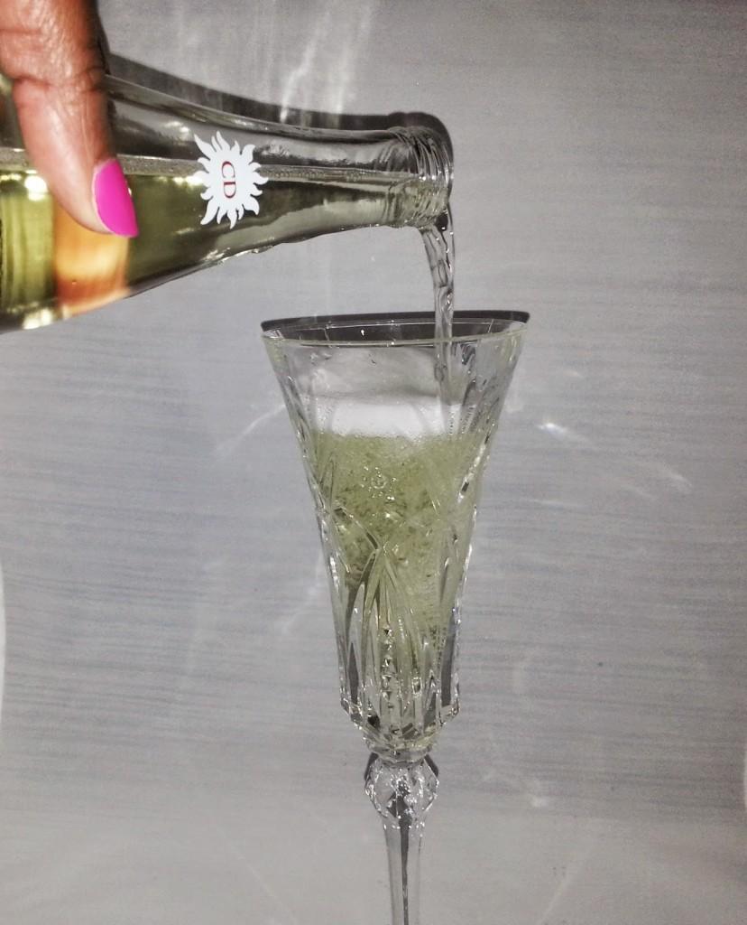 Cliffton-Dry-premium-Cider-2-www.mylifeonandofftheguestlist.com