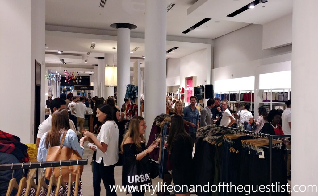 lands_end_pop-up_shop3_www-mylifeonandofftheguestlist-com