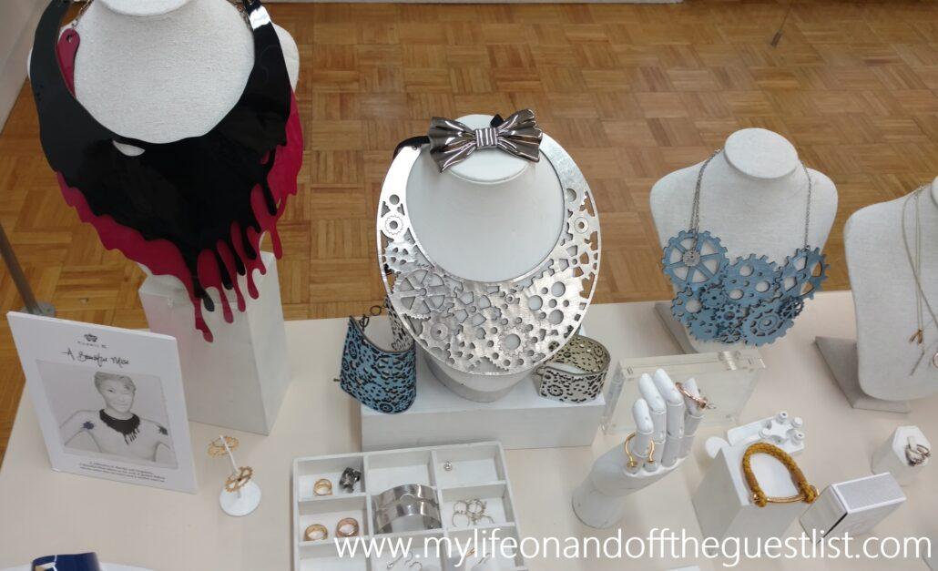 carrie_k_jewelry_www-mylifeonandofftheguestlist-com