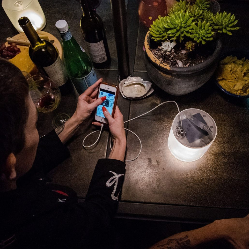 Luci Base Light Phone Charging