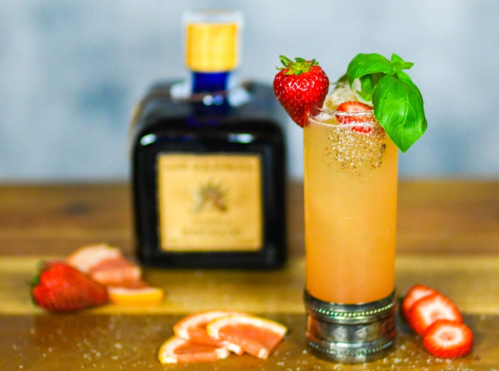 Los Arango Reposado Tequila Strawberry Basil Paloma
