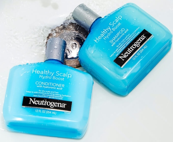 Neutrogena Healthy Scalp Haircare Collection