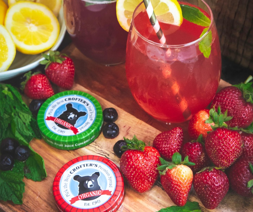 Blueberry or Strawberry Mint Lemonade Cocktail