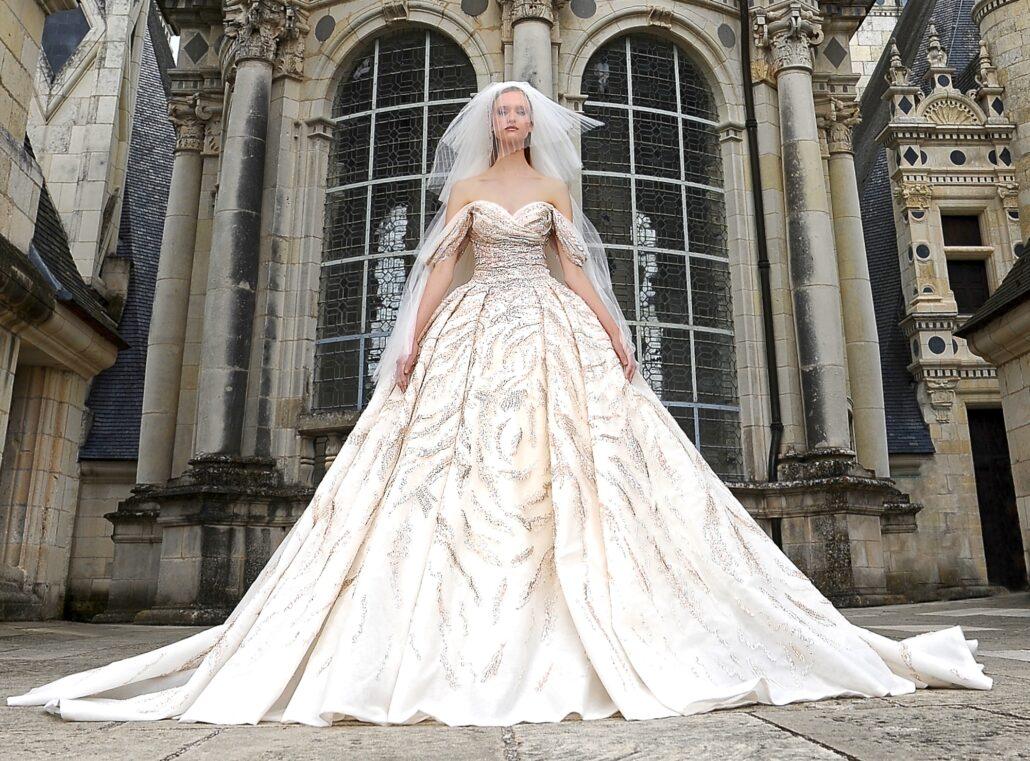 Paris Haute Couture Fashion Week: Fall/Winter 2021-2022 Couture Wedding Dress